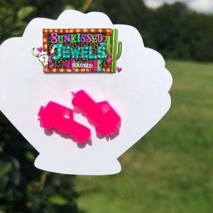 New Hott Pink Jeep Earrings!